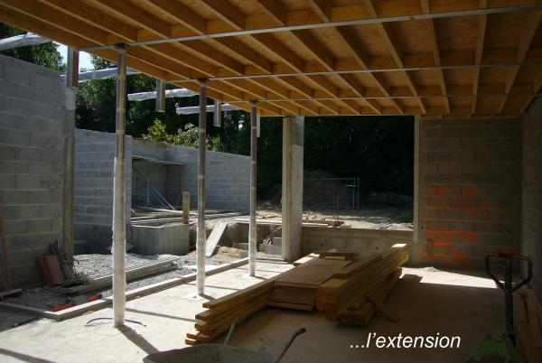 R habilitation et extension piscine quartier mellinet for Extension piscine couverte